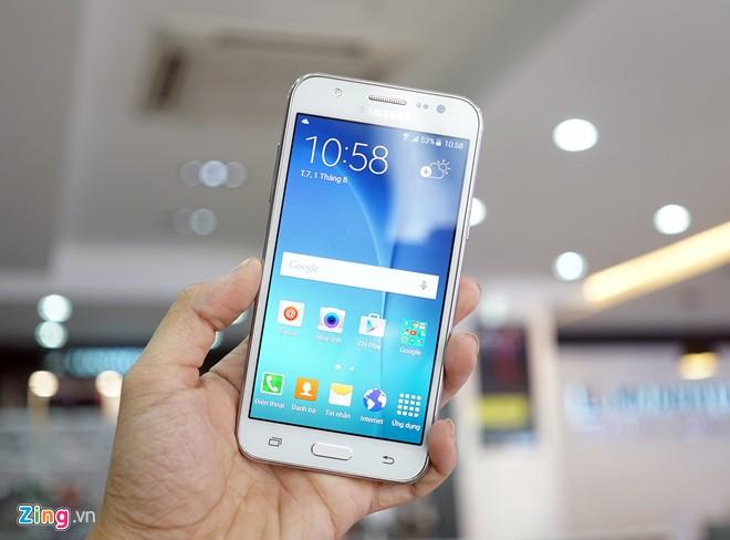 loat-smartphone-giam-gia-dang-chu-y-thang-11